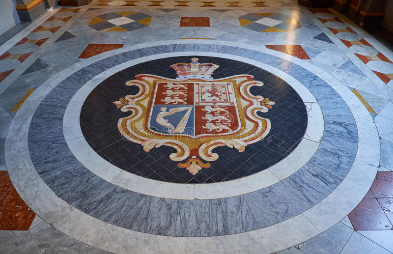 Vapensköld av Storbritannien Slott för Grandmaster` s valletta M royaltyfri fotografi