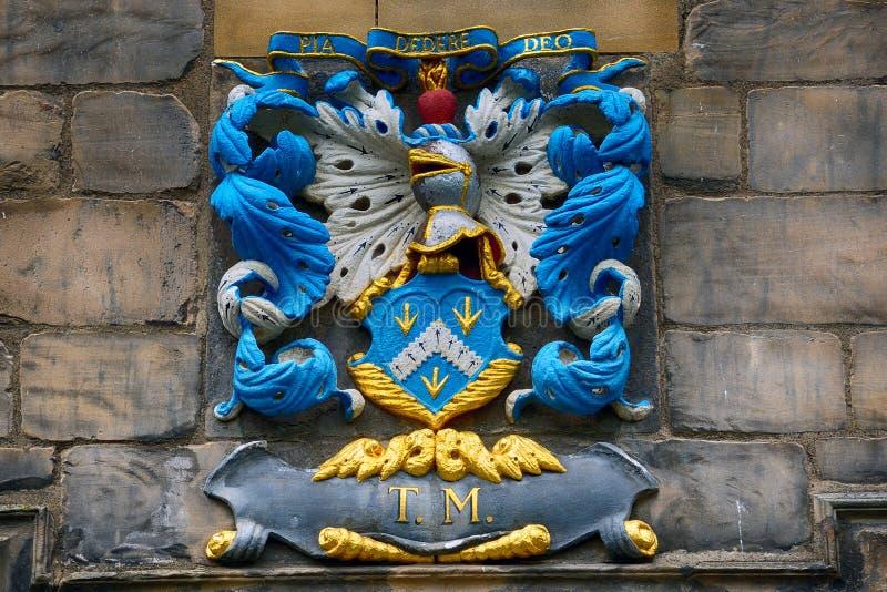 Vapensköld på Canongate Kirk, Edinburg, Skottland royaltyfri bild
