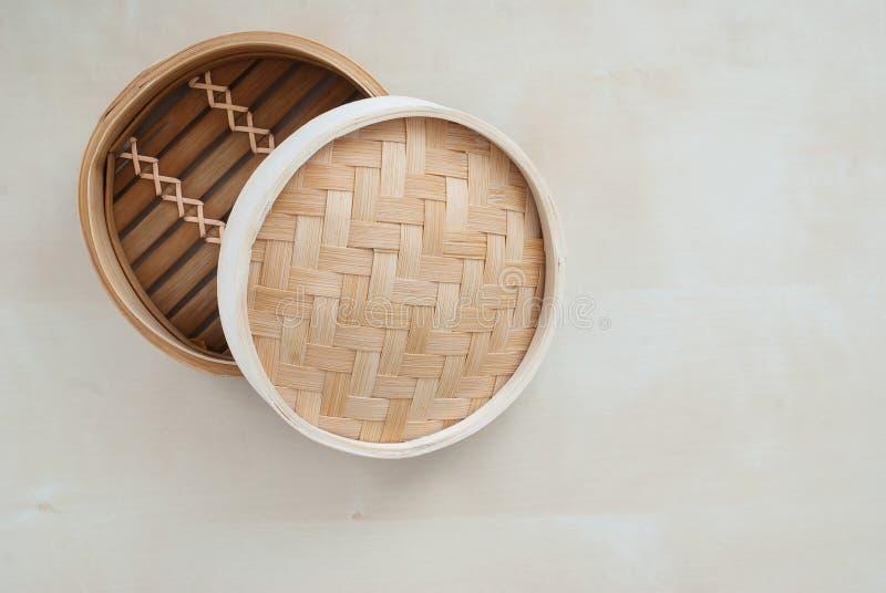 Vapor de bambú tradicional fotografía de archivo