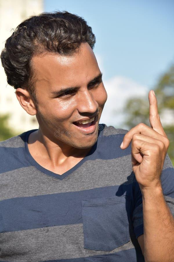 Varón del Latino que tiene una idea imágenes de archivo libres de regalías