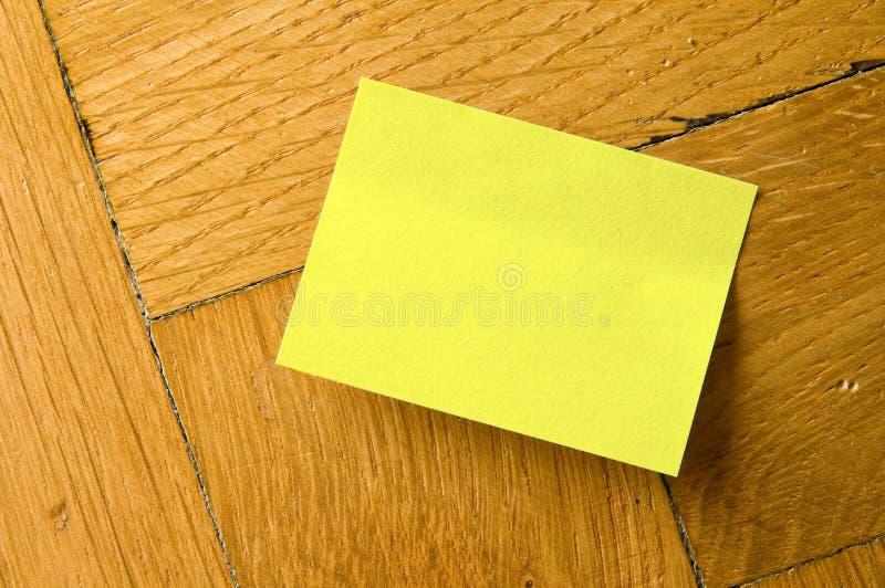 Vara amarela do memorando. fotografia de stock