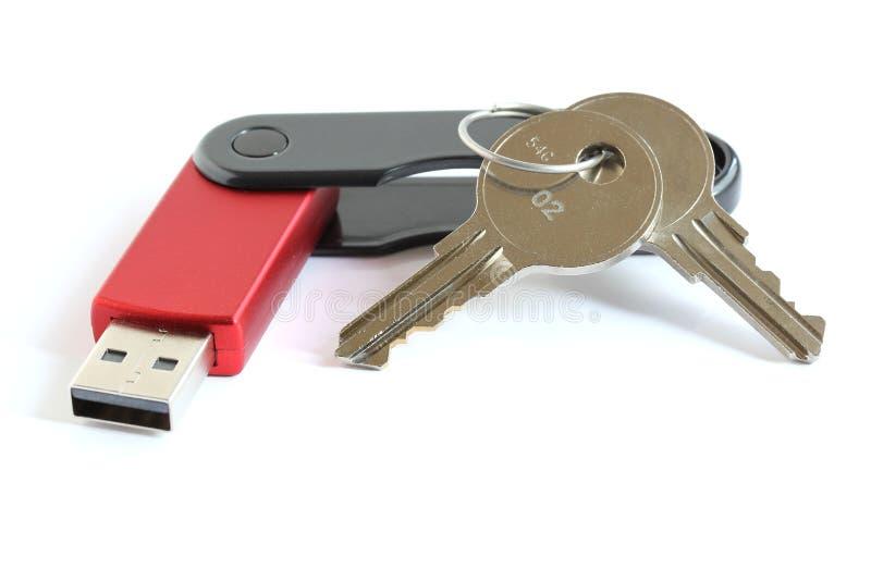 Vara da movimentação da memória Flash do USB com chaves imagem de stock royalty free