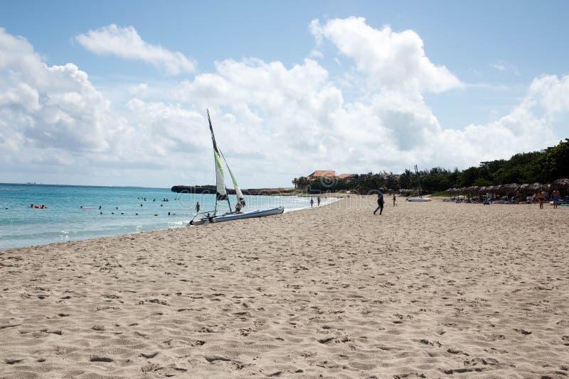 Varadero cuban piękna plaża Catamaran, horyzont zdjęcia royalty free