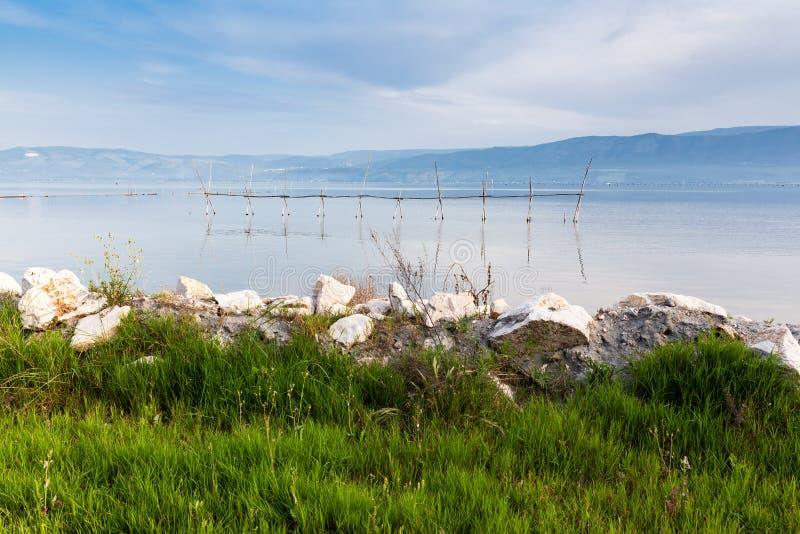 Varano See Puglia Gargano Italien lizenzfreie stockfotografie