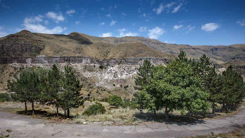 Vardzia è un complesso del monastero della caverna dei secoli di XII-XIII fotografia stock