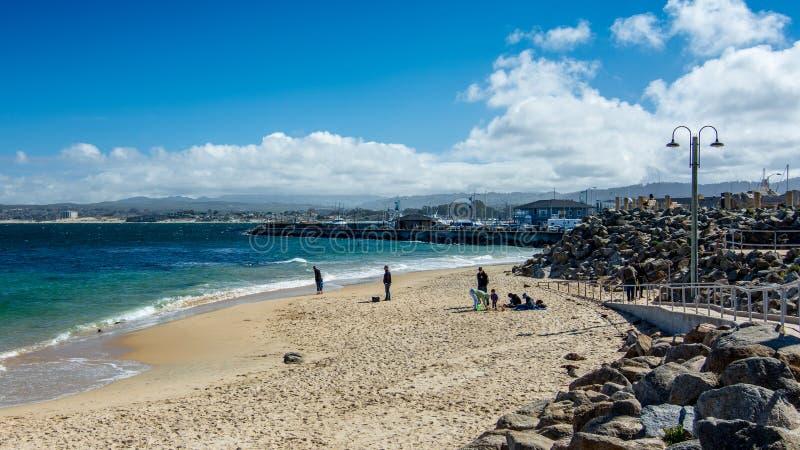 Vare cerca del puerto de Monterey, California, los E.E.U.U. fotos de archivo