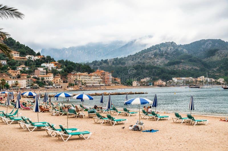 Vare en Port de Soller en un día nublado en Mallorca, Balearic Island, España fotos de archivo