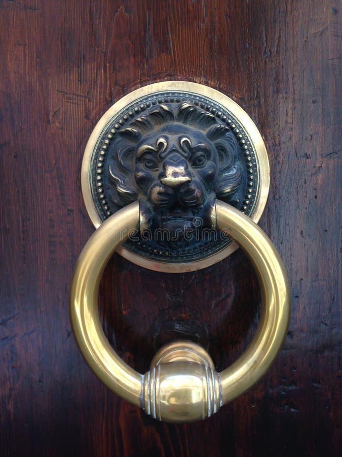 Varelser på dörren 6 royaltyfria bilder