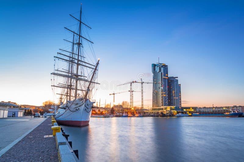 Varend fregat in haven van Gdynia royalty-vrije stock afbeelding
