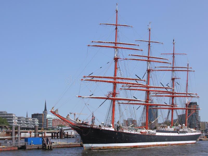Varend schip in Hamburg royalty-vrije stock afbeeldingen
