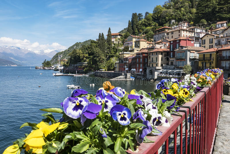 Varenna (Jeziorny Como) obrazy royalty free