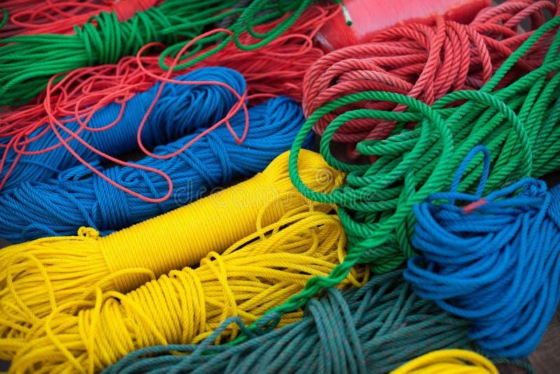 Variété de corde tordue colorée image libre de droits