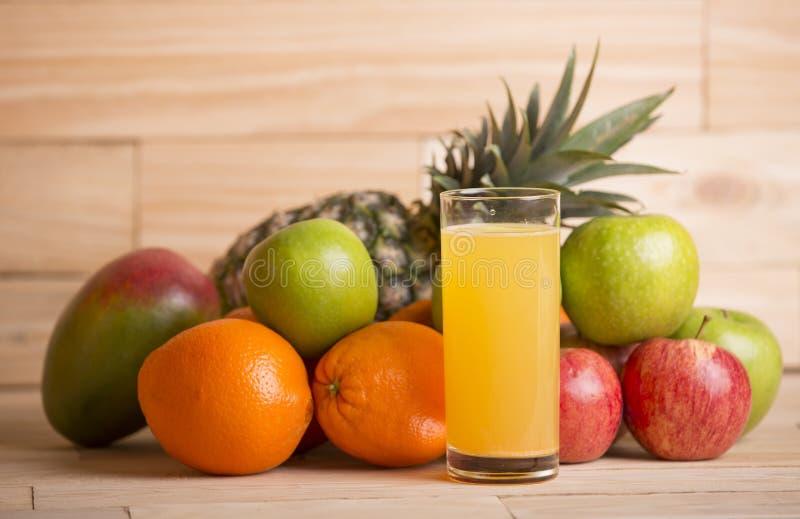 Variété de fruits photos stock