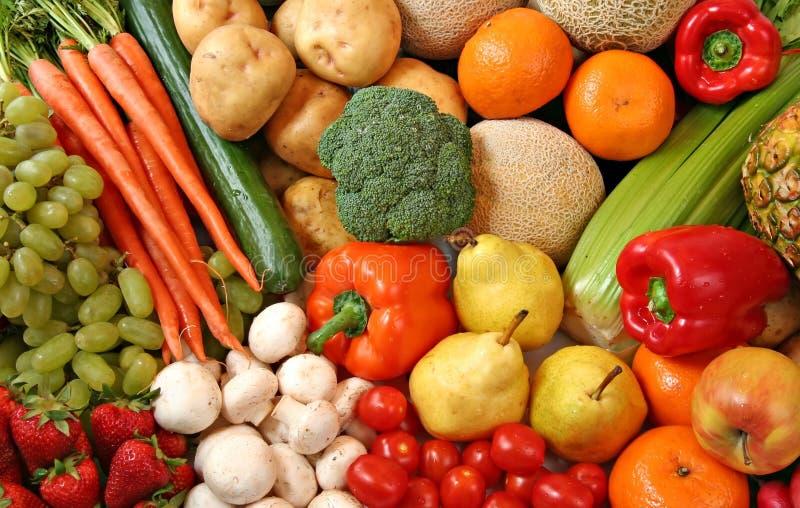 Variété de fruits et légumes photos libres de droits