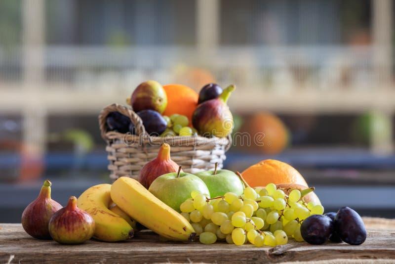 Variété de fruits frais photographie stock libre de droits