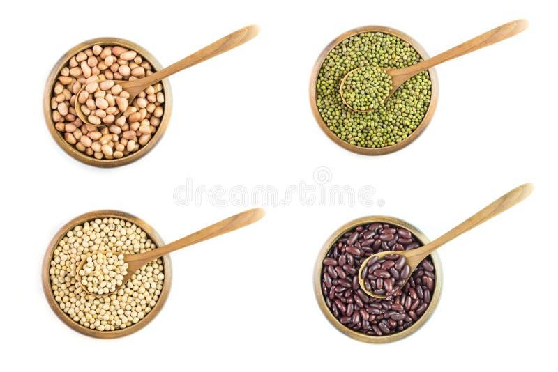 Variété de haricots, arachide, haricots rouges avec du soja photographie stock