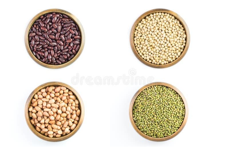 Variété de haricots, arachide, haricots rouges avec du soja photo stock