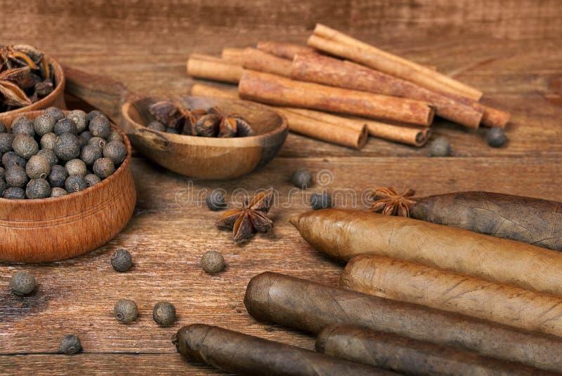 Variété de luxe de cigares cubains photos libres de droits