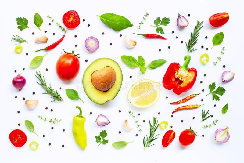 Vari ortaggi freschi ed erbe fotografie stock