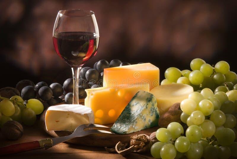 Vari tipi di composizioni del formaggio immagine stock libera da diritti