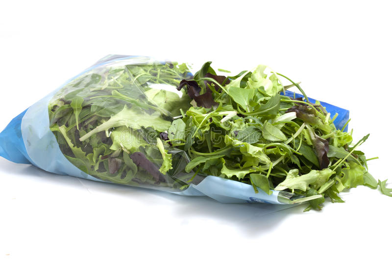 Varia insalata stagionale imballata fotografie stock libere da diritti