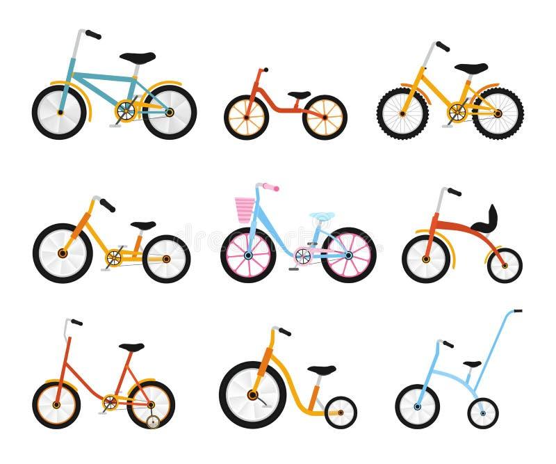 Varia raccolta delle bici dei bambini Biciclette variopinte con differenti tipi di struttura Insieme piano dell'illustrazione di  royalty illustrazione gratis