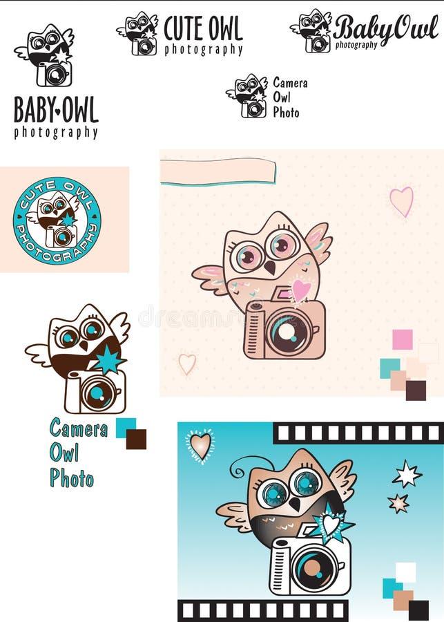 Variaciones lindas del logotipo del vector del fotógrafo del Bebé-búho Búho con una cámara Rebecca 36 color Elementos decorativos fotografía de archivo