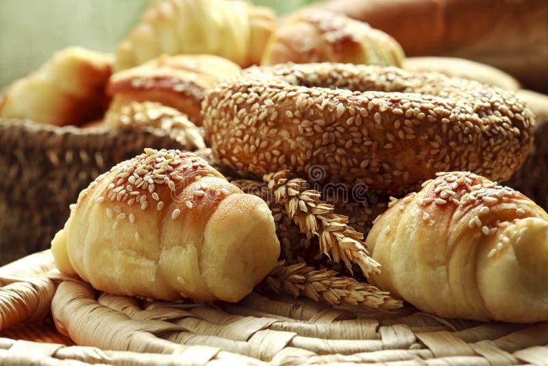 Variation av bageriprodukter fotografering för bildbyråer