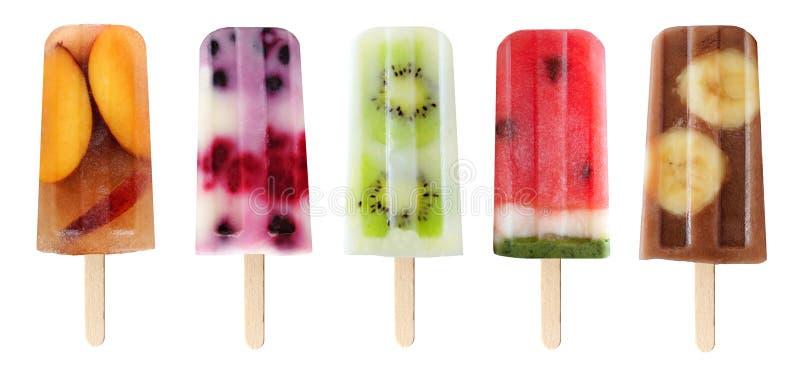 Variation av fruktisglassar som isoleras på vit arkivfoto
