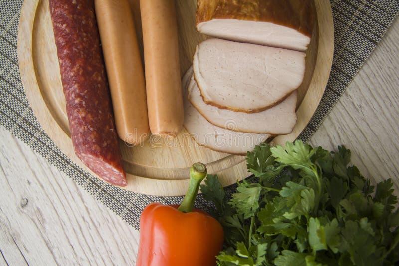 Variedad de carne ahumada foto de archivo