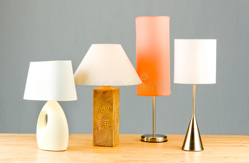 Variedad de lámparas de cabecera fotos de archivo