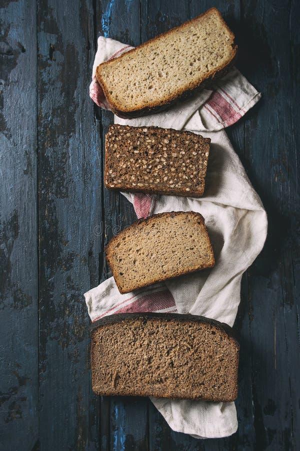 Variedad de pan de centeno imagen de archivo libre de regalías