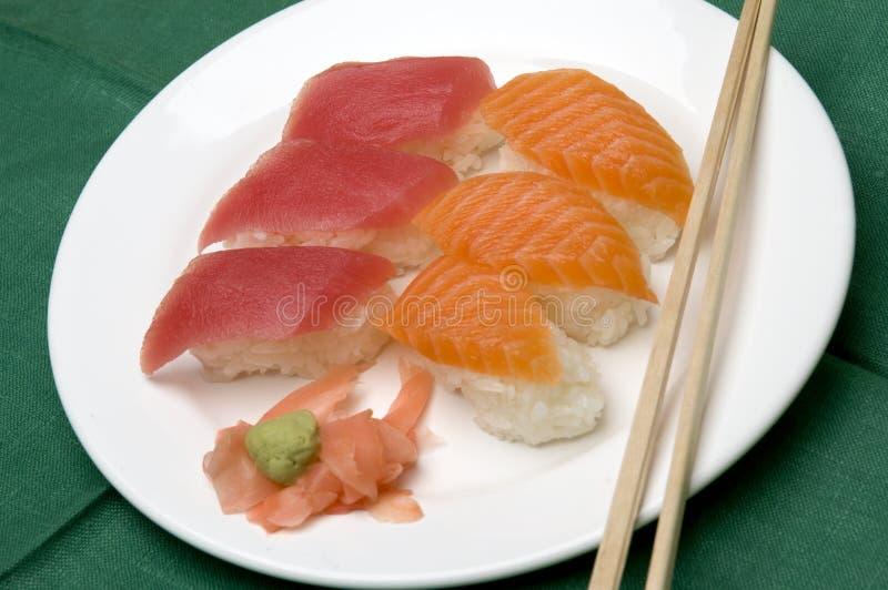 Variedad del alimento del sushi fotografía de archivo