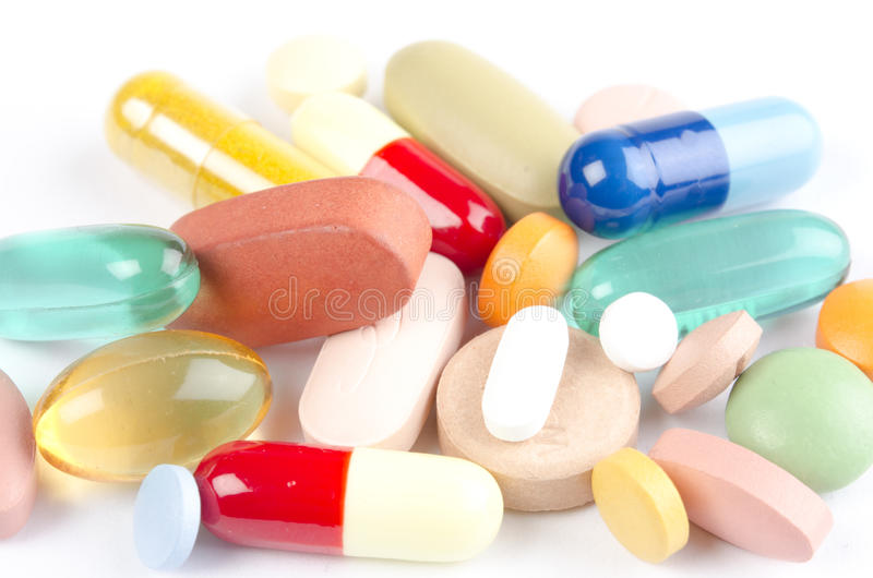 Variedade de comprimidos e de vitaminas da droga imagem de stock royalty free
