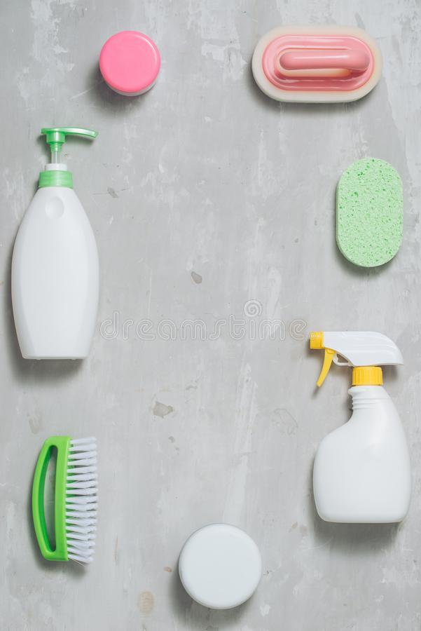 Variedade de meios coloridos para limpar e lavar imagens de stock royalty free