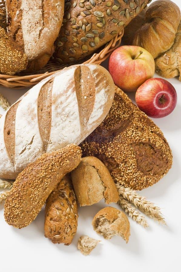 Variedade de pão marrom imagem de stock royalty free