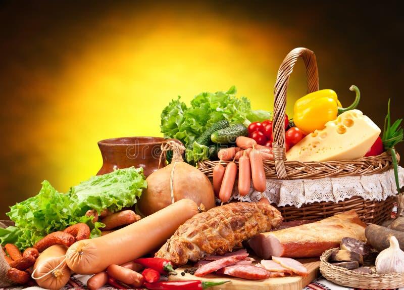 Variedade de produtos de salsicha. fotos de stock royalty free