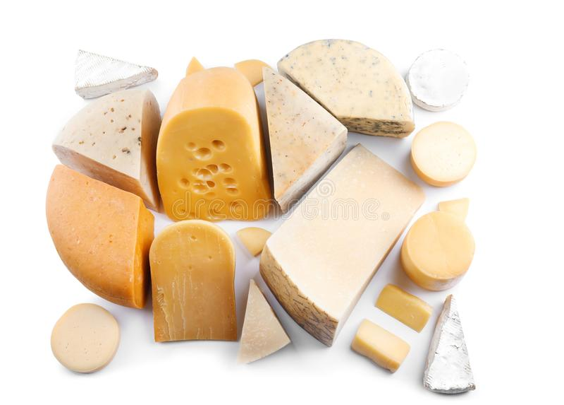 Variedade de queijo no fundo imagens de stock