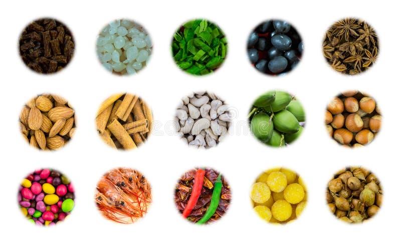 Variedade do grupo dos ícones de aperitivo nuts do caju da amêndoa para salsichas cebola ao vinagre e sobremesa da carne da cerve fotos de stock royalty free