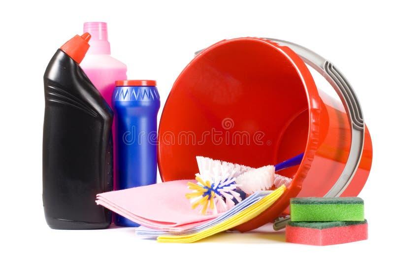 Variedade dos meios para a limpeza isolada imagens de stock royalty free