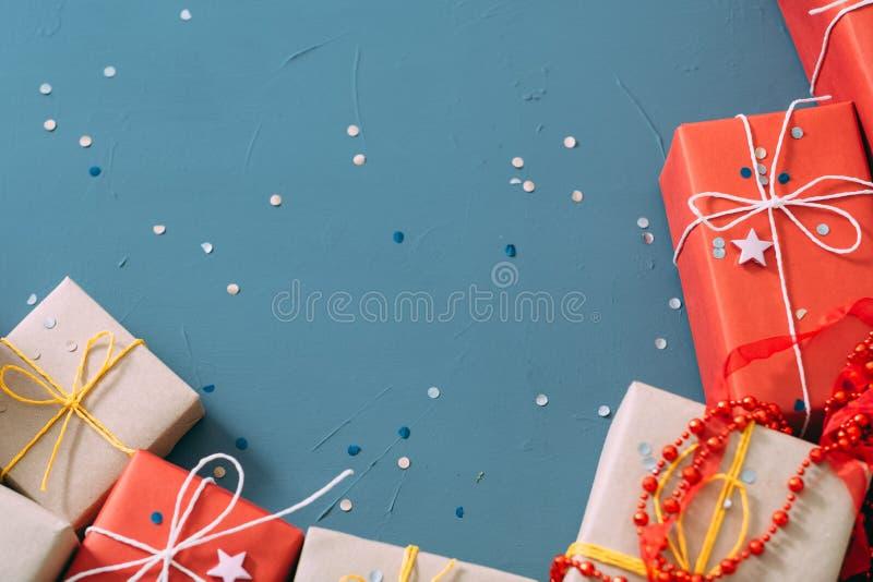 Variedade vermelha do presente do ofício do ano novo do feriado imagem de stock royalty free