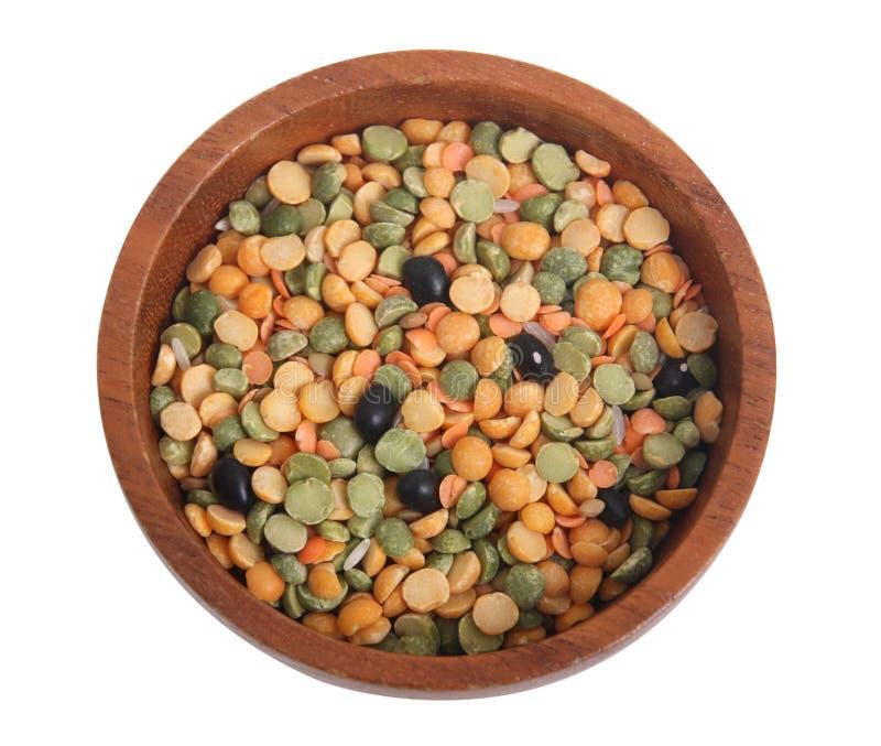 Varietà di lenticchie in una ciotola immagine stock libera da diritti