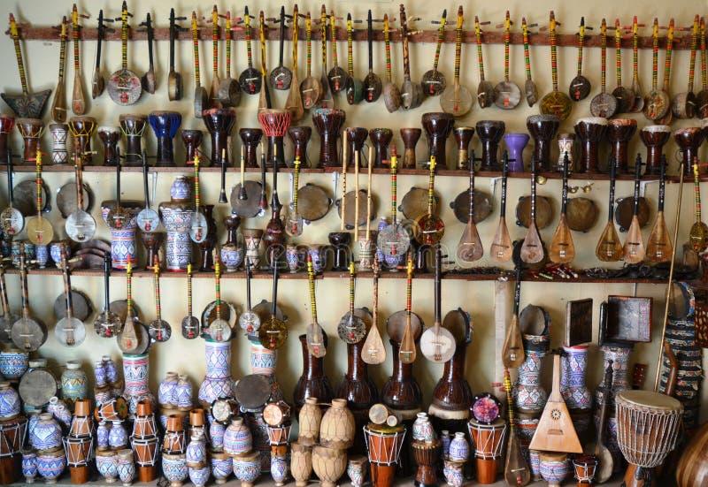 Varietà di strumenti musicali tradizionali immagine stock libera da diritti