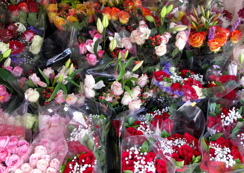 Flower Shop With Rose Bouquets Royalty Free Stock Photography