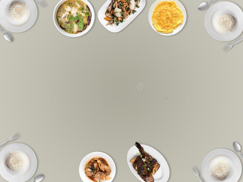 Vario alimento tailandese sul fondo vuoto dello spazio immagini stock libere da diritti
