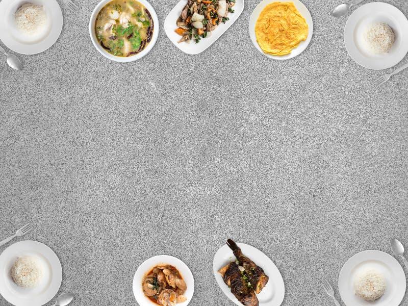 Vario alimento tailandese sul fondo vuoto dello spazio immagine stock libera da diritti