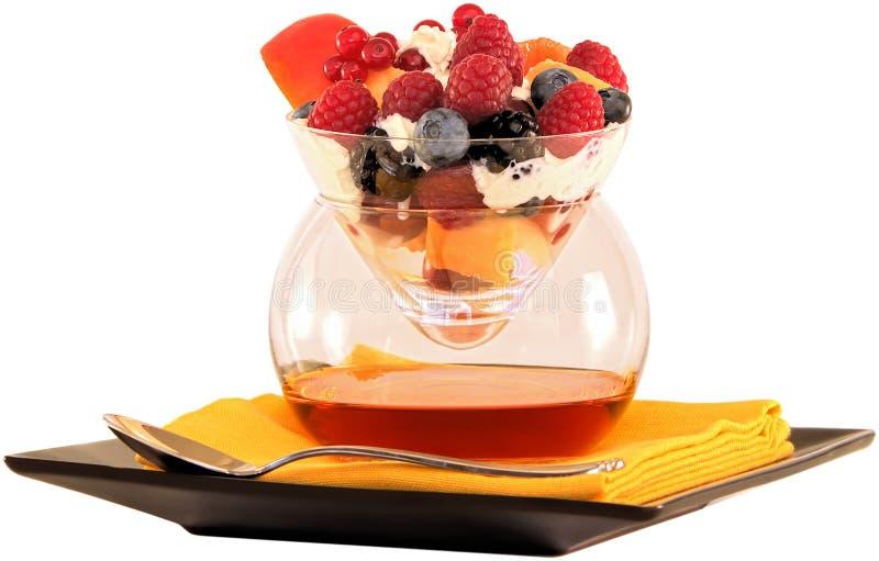 ~ variopinto del cocktail & di Amaretto di frutta isolato su ~ bianco Clippin immagine stock libera da diritti