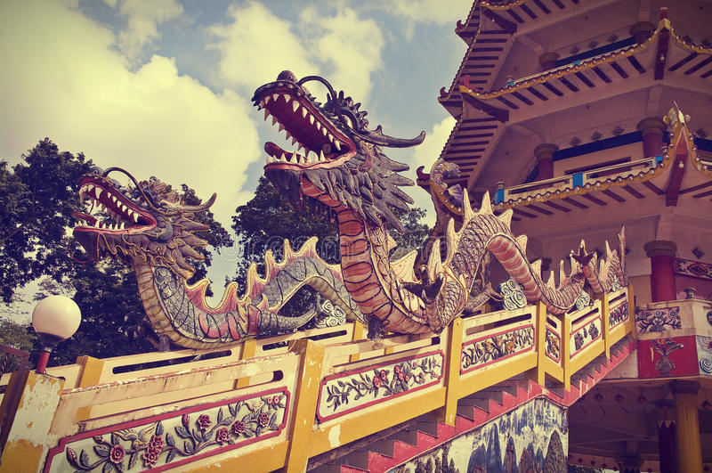 Variopinto di Dragon Statue, Palembang, Indinesia immagine stock libera da diritti