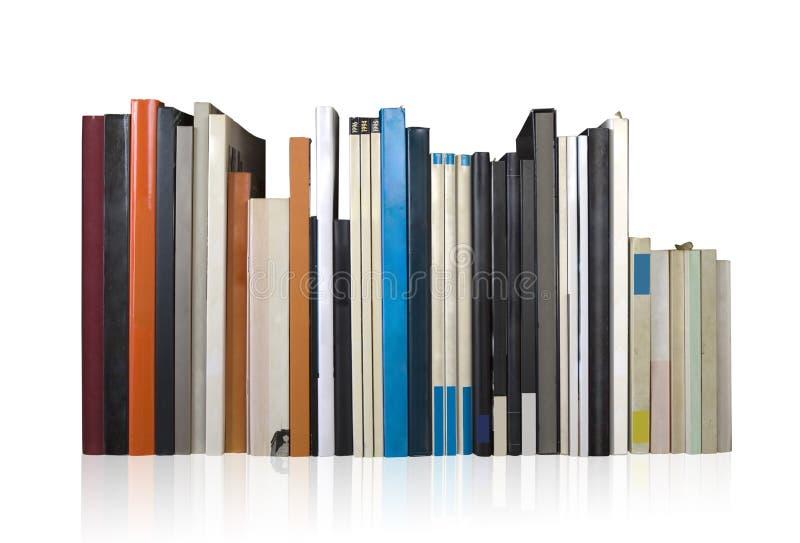 Varios libros en una fila, espacio de la copia aislada, libre imágenes de archivo libres de regalías
