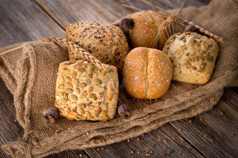 Varios tipos de pan foto de archivo libre de regalías
